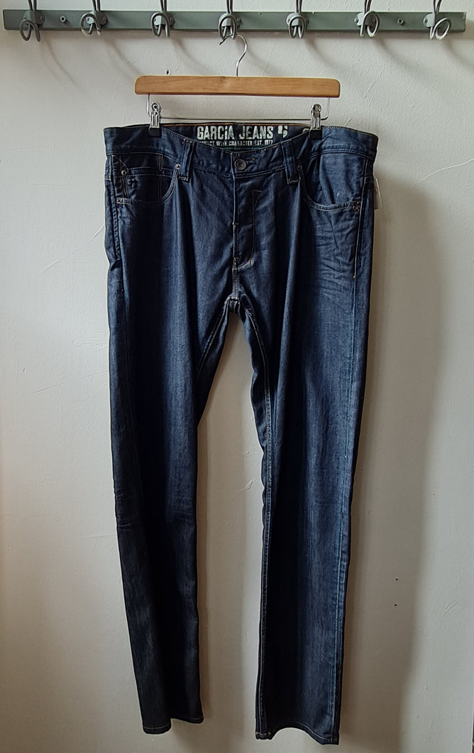 Jeans - Size 36