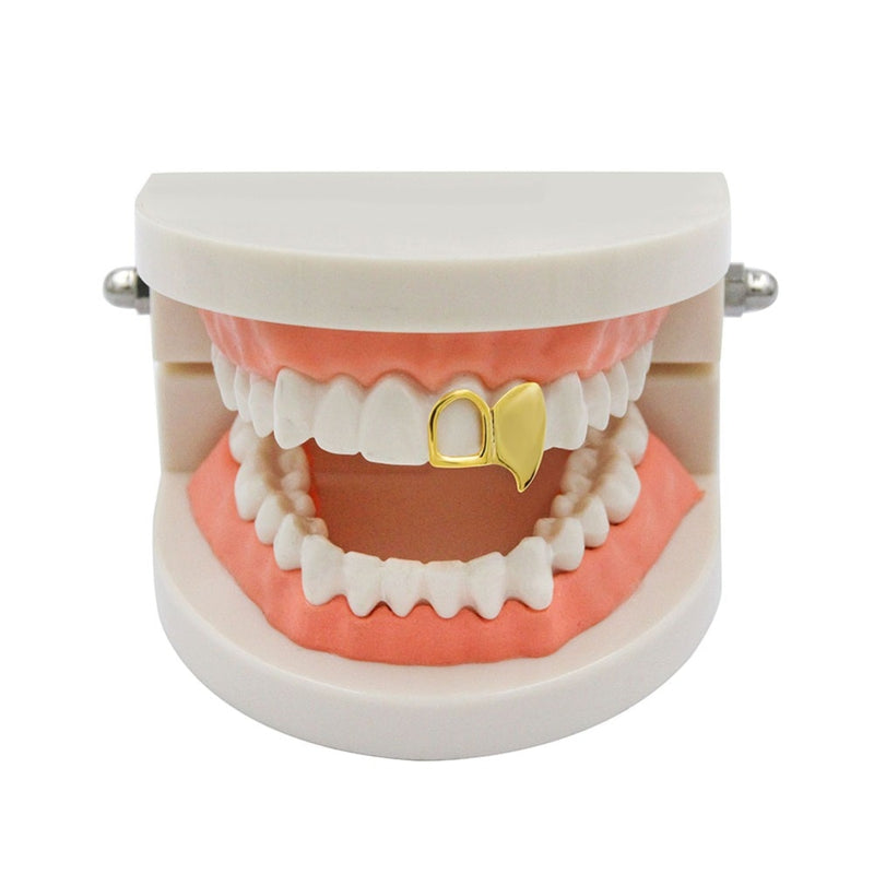 Gold Double Cap Fang Teeth Grillz - MajesticVUE