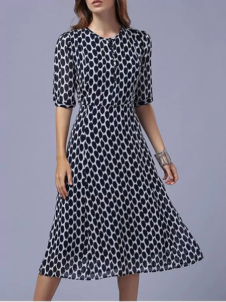Pretty Polka Dot Round Neck Half Sleeve Swing Dress