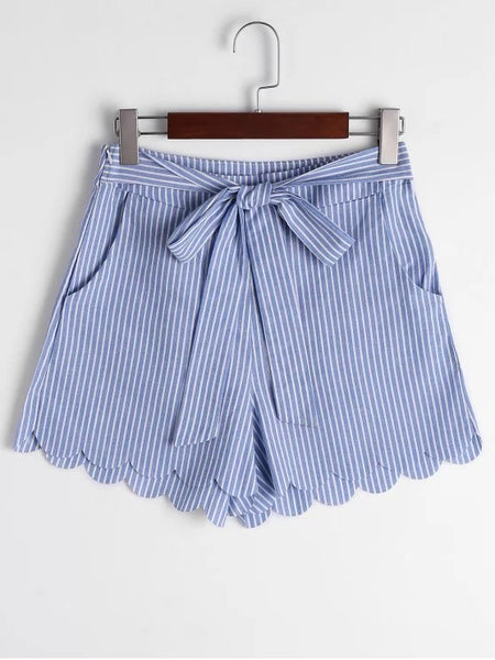 Fashion Scalloped Hem Bowknot Striped Shorts