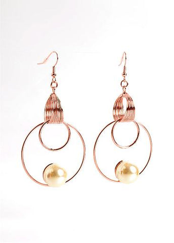 Fashion Stunning Vintage Style Pearl Earrings Adorned With Brass Circles