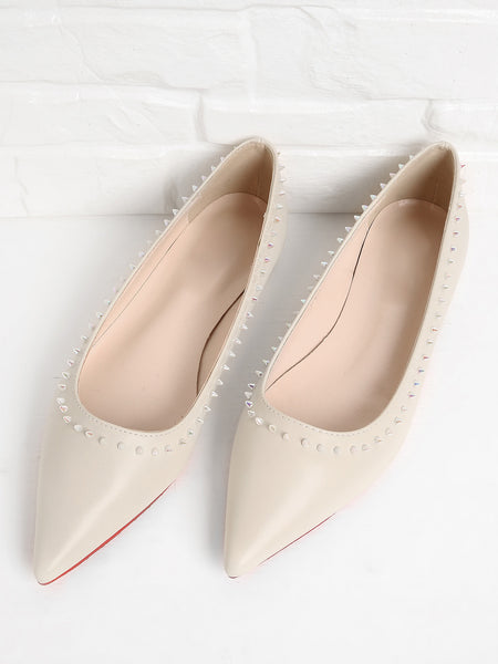 Beatiful Rockstud Detail Pointed Toe PU Flats