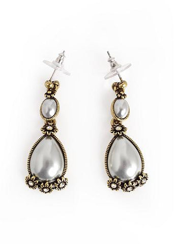 Cheap Glamorous Vintage Style Pearl Earrings With Shining Rhinestones