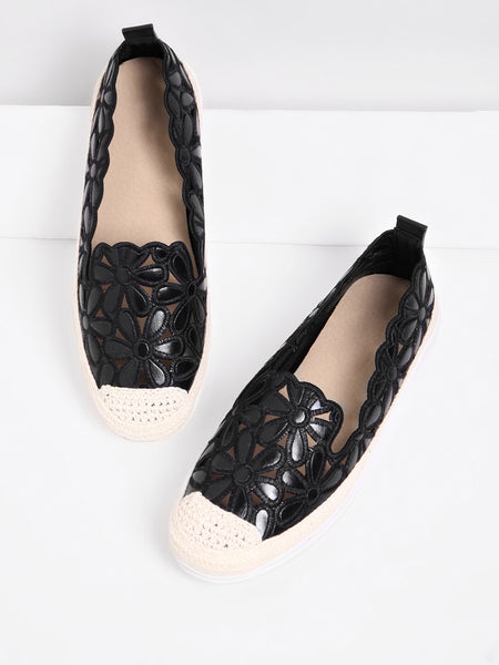 Cheap Cut Out Flower Design PU Flats