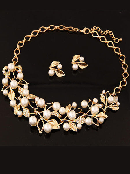 Pearl Necklace Gold Plated Inlaid With Imitation Diamond