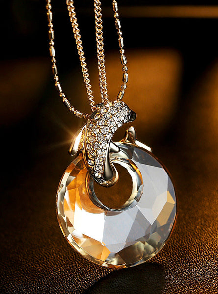 Trendy Dolphin Crystal Necklace