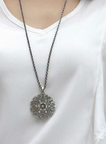 Fashion major circular hollow flower long necklace sweater chain
