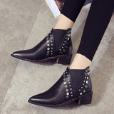 Gorgeous PU Leather Pointed Toe Low Heels Slip On Ladies Casual Shoes