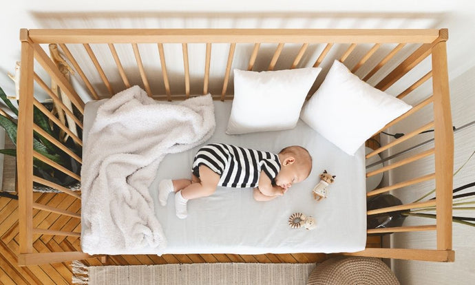 Reasons to Choose a Crib Over a Bassinet