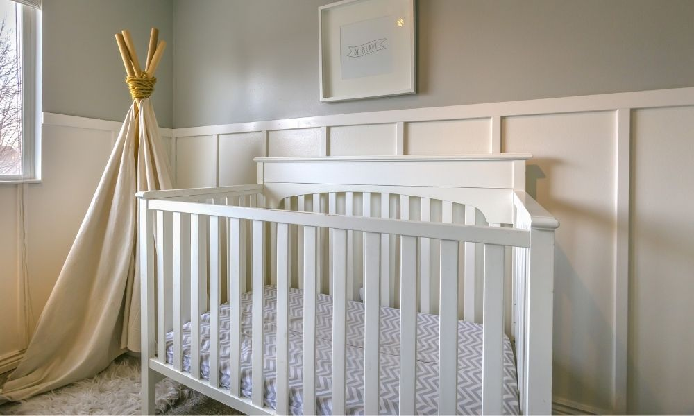 Tips for Cleaning a Wooden Baby Crib