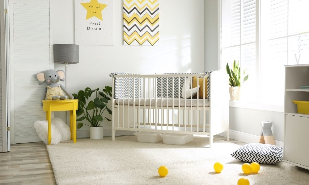 What To Look for When Buying a Crib