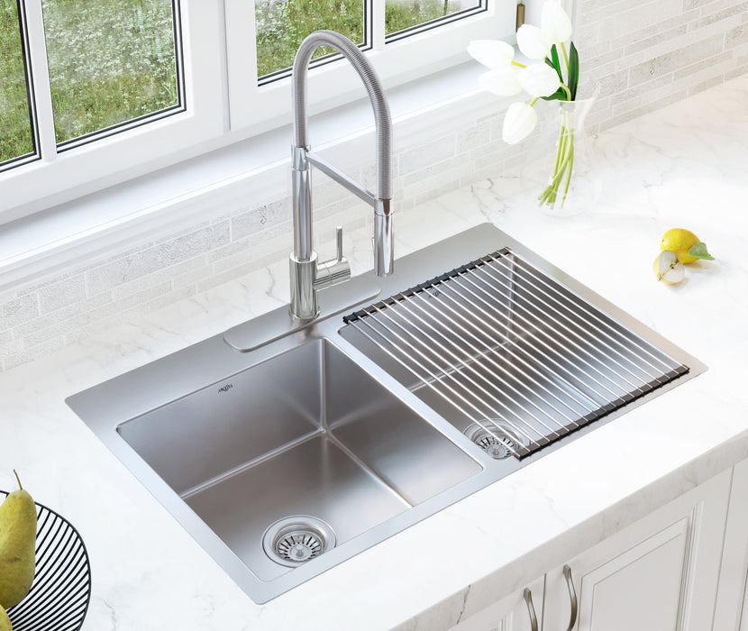 Barista Pull-down Single Handle Kitchen Faucet in Polished Chrome