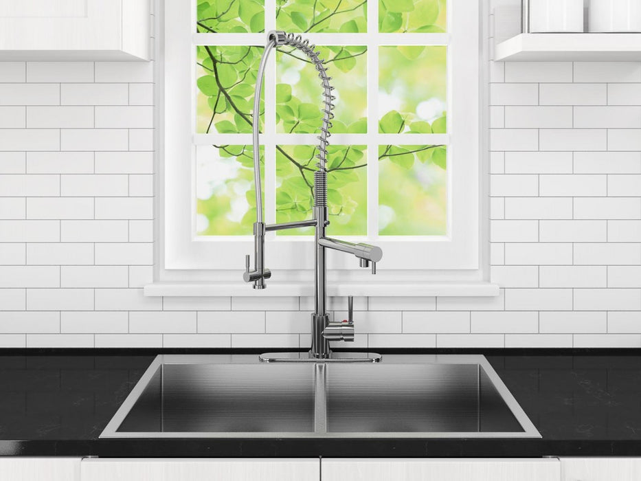 Le Duo Pull Down Single Handle Kitchen Faucet