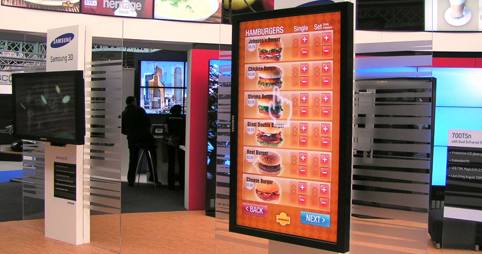 Indoor Wall-Mounted Digital Signage Screen
