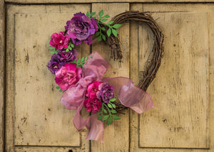 Sticky-Back Canvas Mother's Day Wreath by Patti Behan