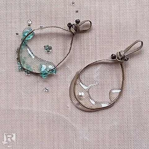 ICE Resin® Bubbles Earrings by Brooke Bock Step 3