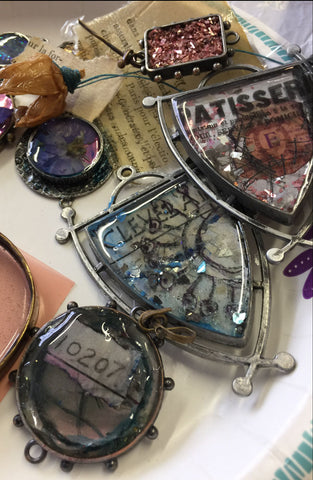 To Bead True Blue Show - Resin 101 Class with Susan Lenart Kazmer