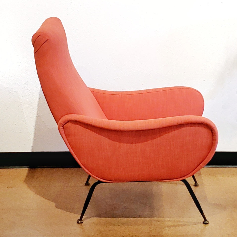 ITALIAN LOUNGE CHAIR IN THE STYLE OF MARCO ZANUSO