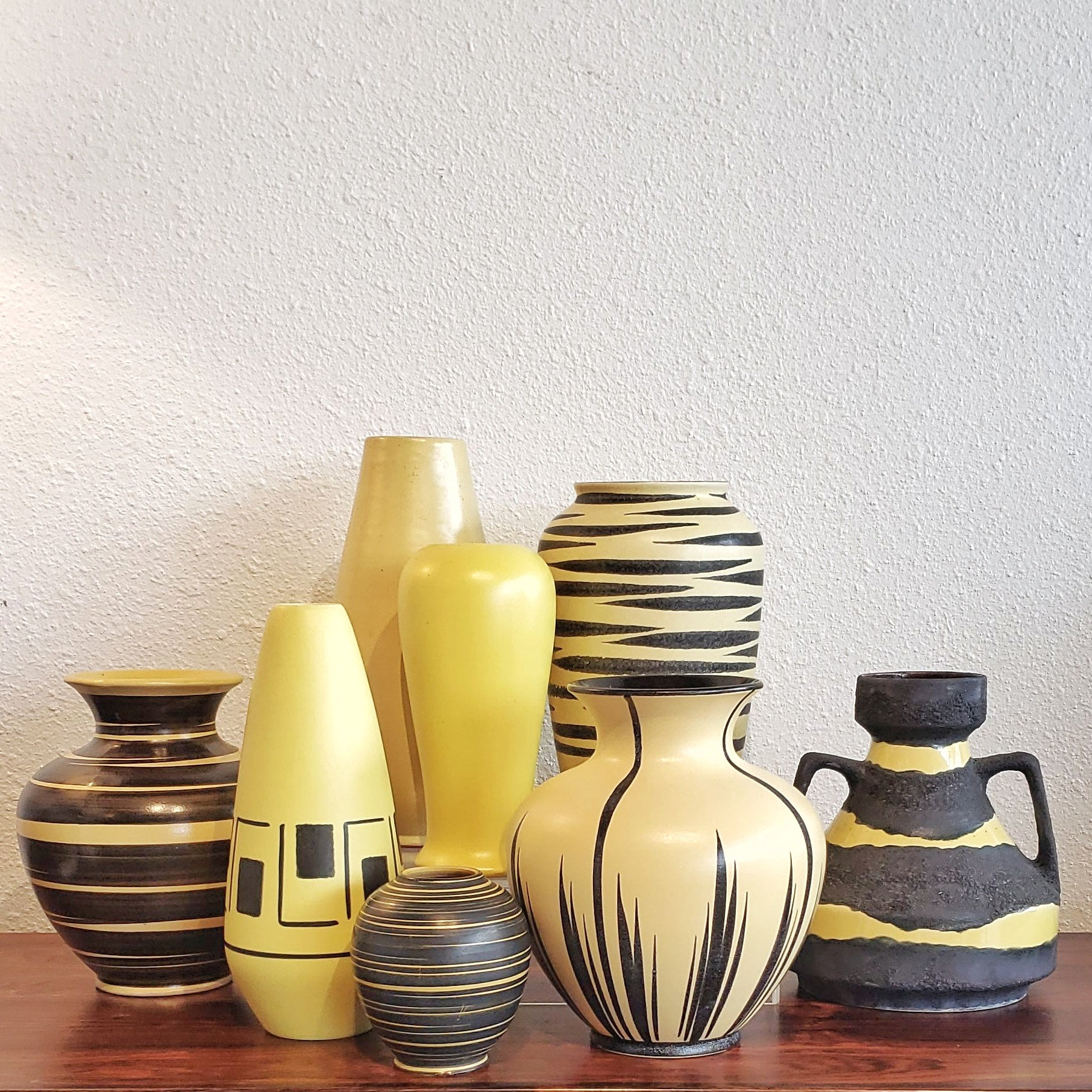 ELMA KERAMIK YELLOW AND BLACK BOUQUET VASE Nr. 103/21