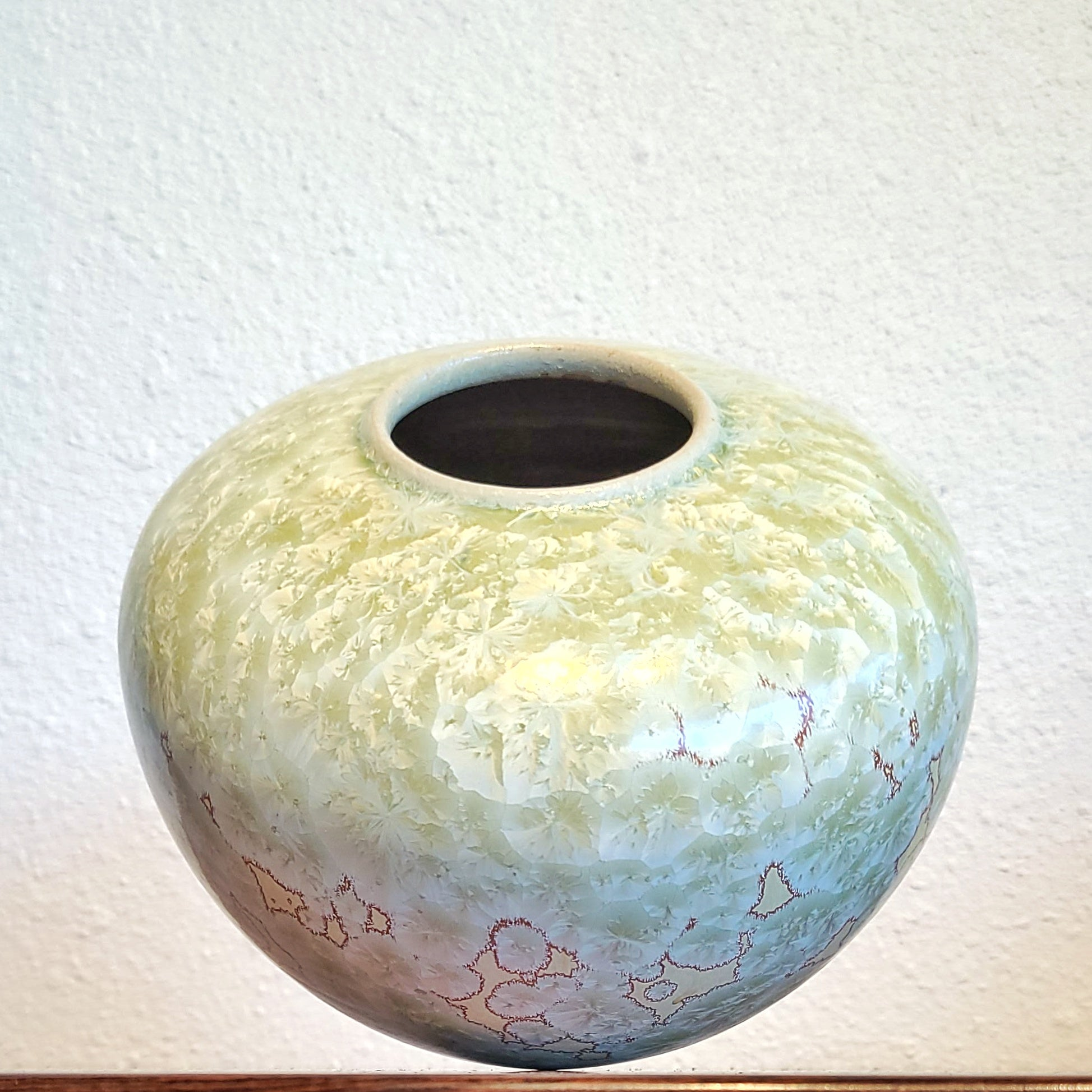 CRYSTALLINE STUDIO POTTERY VASE MARKED 'CS'