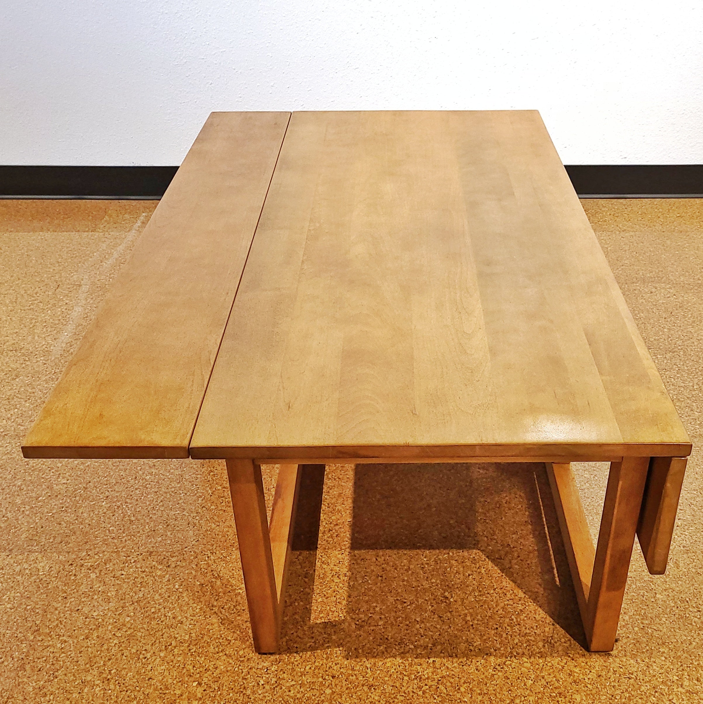 SOLID MAPLE DROP-LEAF COFFEE TABLE