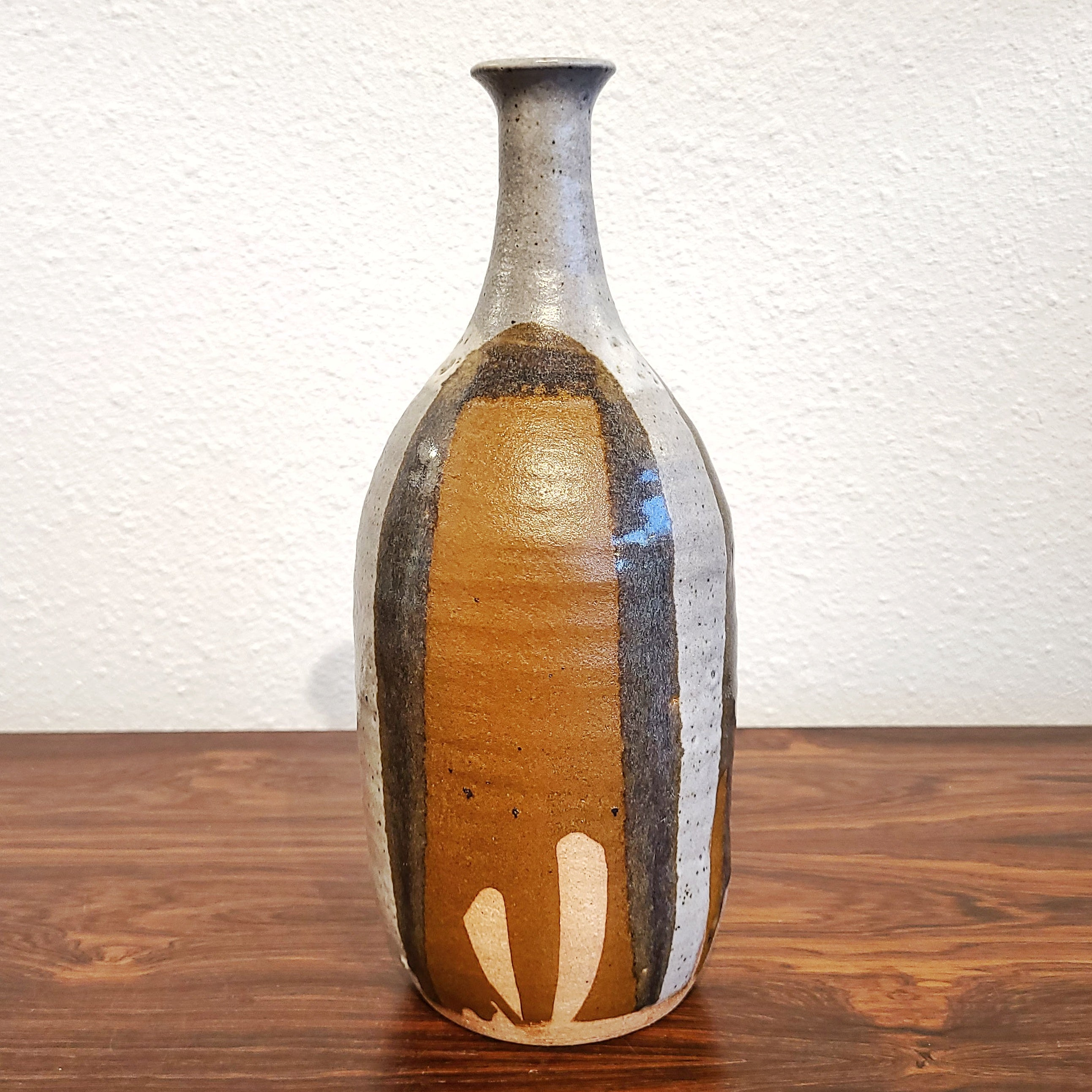 DAVID CRESSEY BOTTLE VASE (27.5cm)