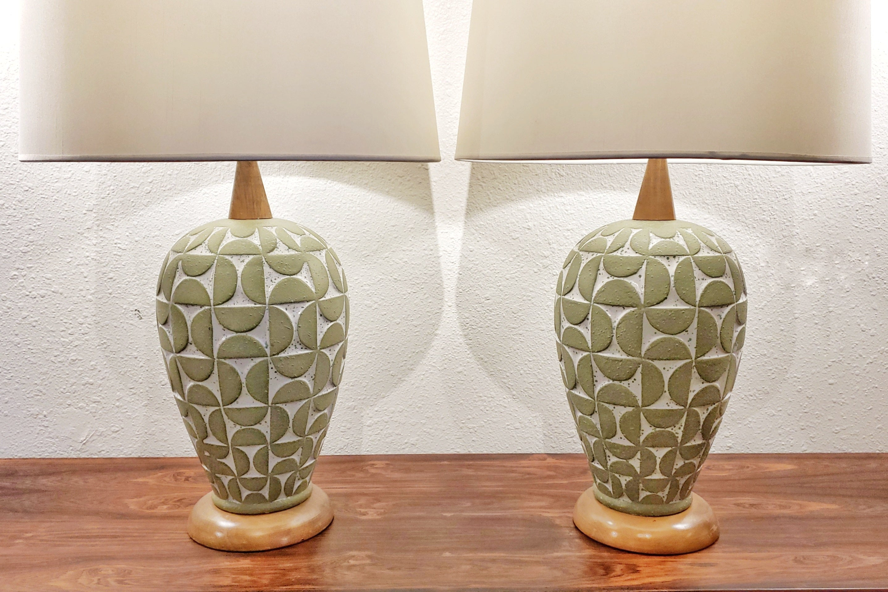 SCULPTED GEOMETRIC RELIEF TABLE LAMPS (PAIR)