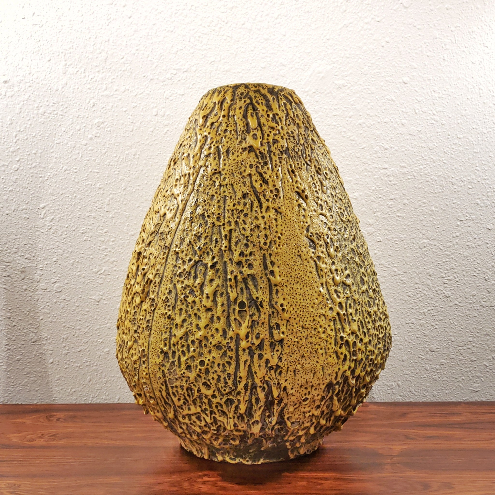GIANT FAT-LAVA STUDIO FLOOR VASE WITH STAND