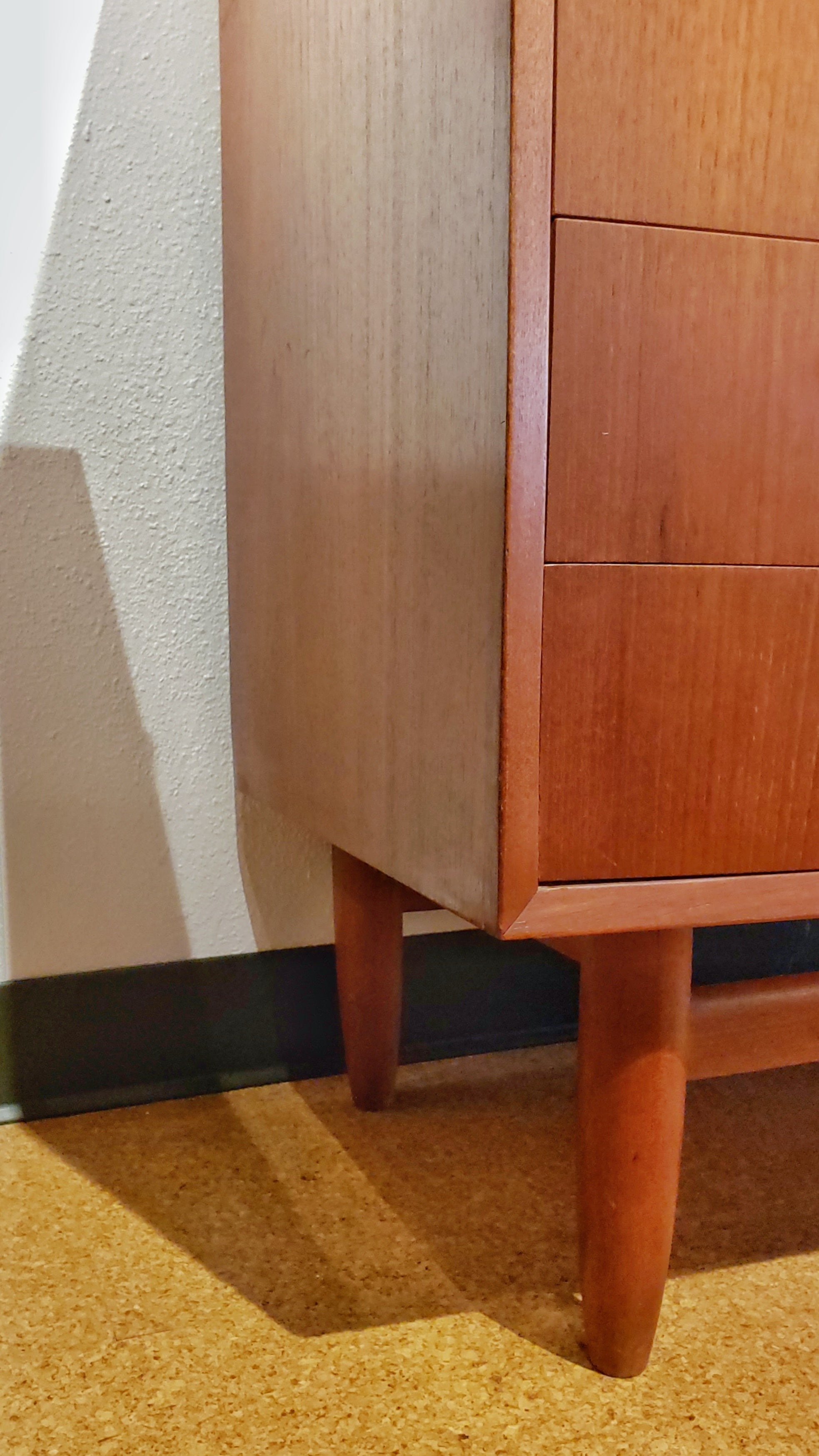 BOW-FRONT CHEST OF DRAWERS