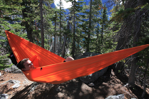 Enchantments in Washington. Hanging a Solo Hammock over Colchuck lake. Beautiful hike! trevan in Solo