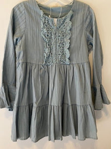 GREEN/BLUE TUNIC WITH RUFFLE ON FRONT