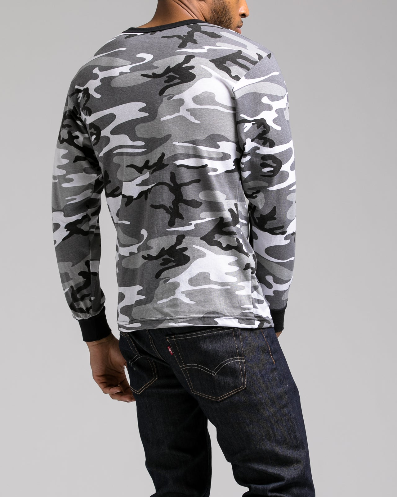 Color Camo Long Sleeve Tee - Color: City Camo | Gray