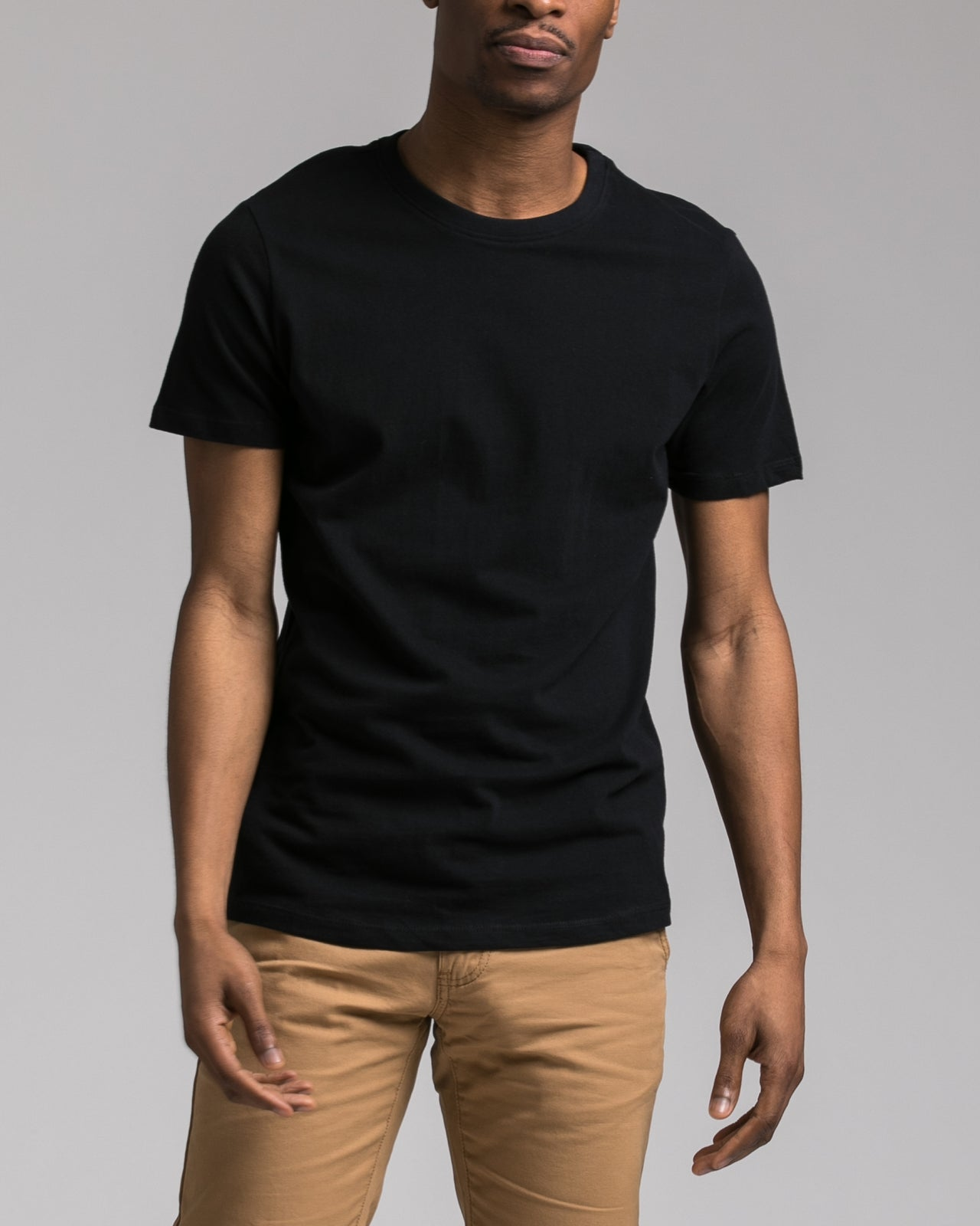 Slim Tee - Color: Black | Black