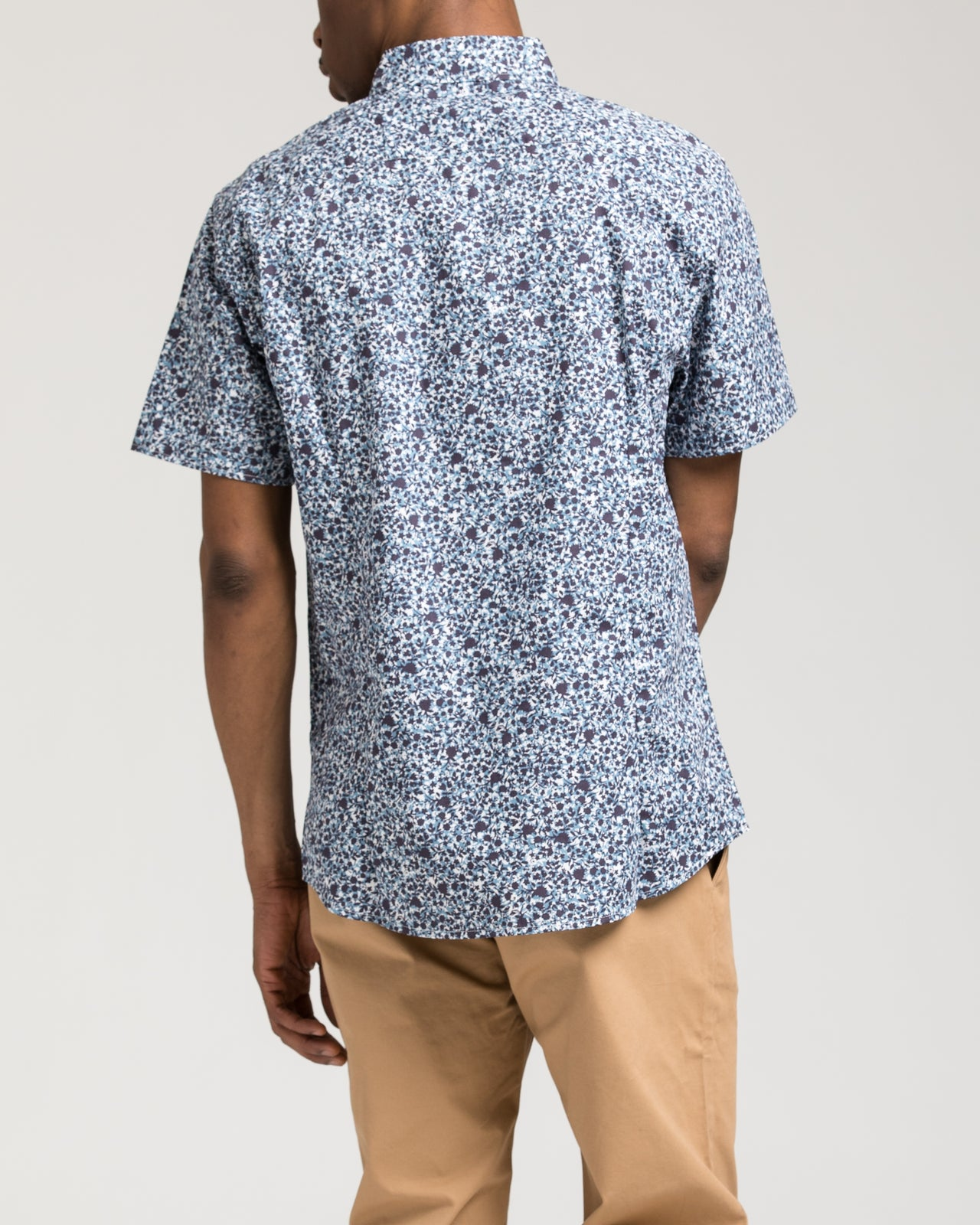 Short Sleeve Floral Shirt - Color: White/Blue | White