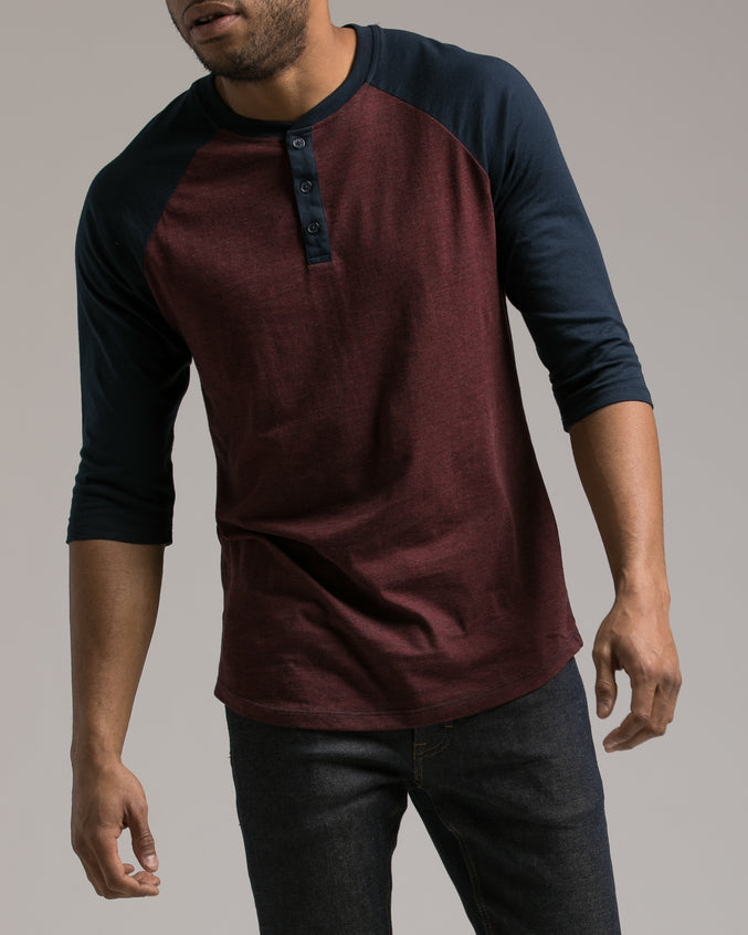 Contrast Heather Henley Tee - Color: Rojo Heather | Red