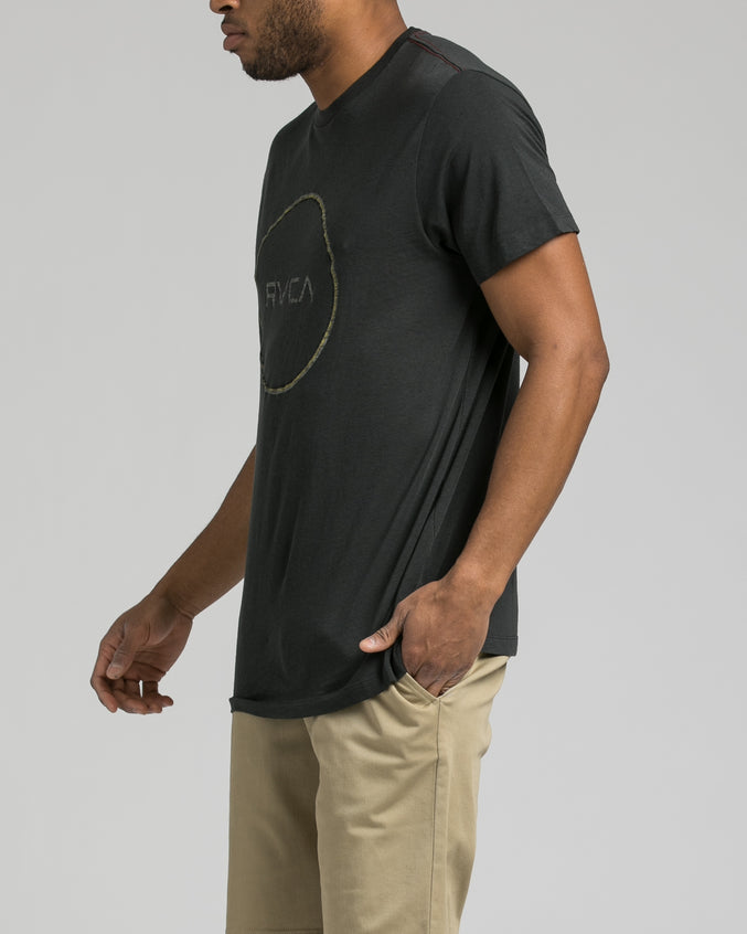 Tri Motors Tee - Color: Pirate Black | Black