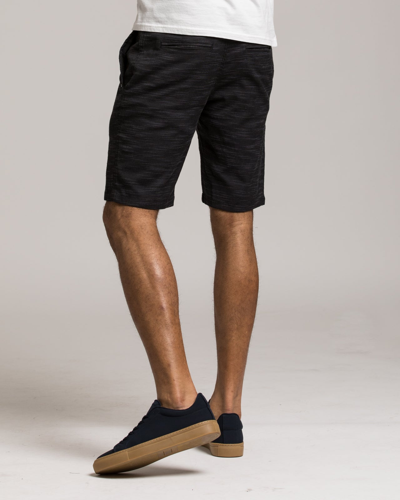 Pipeline Short - Color: Black | Black