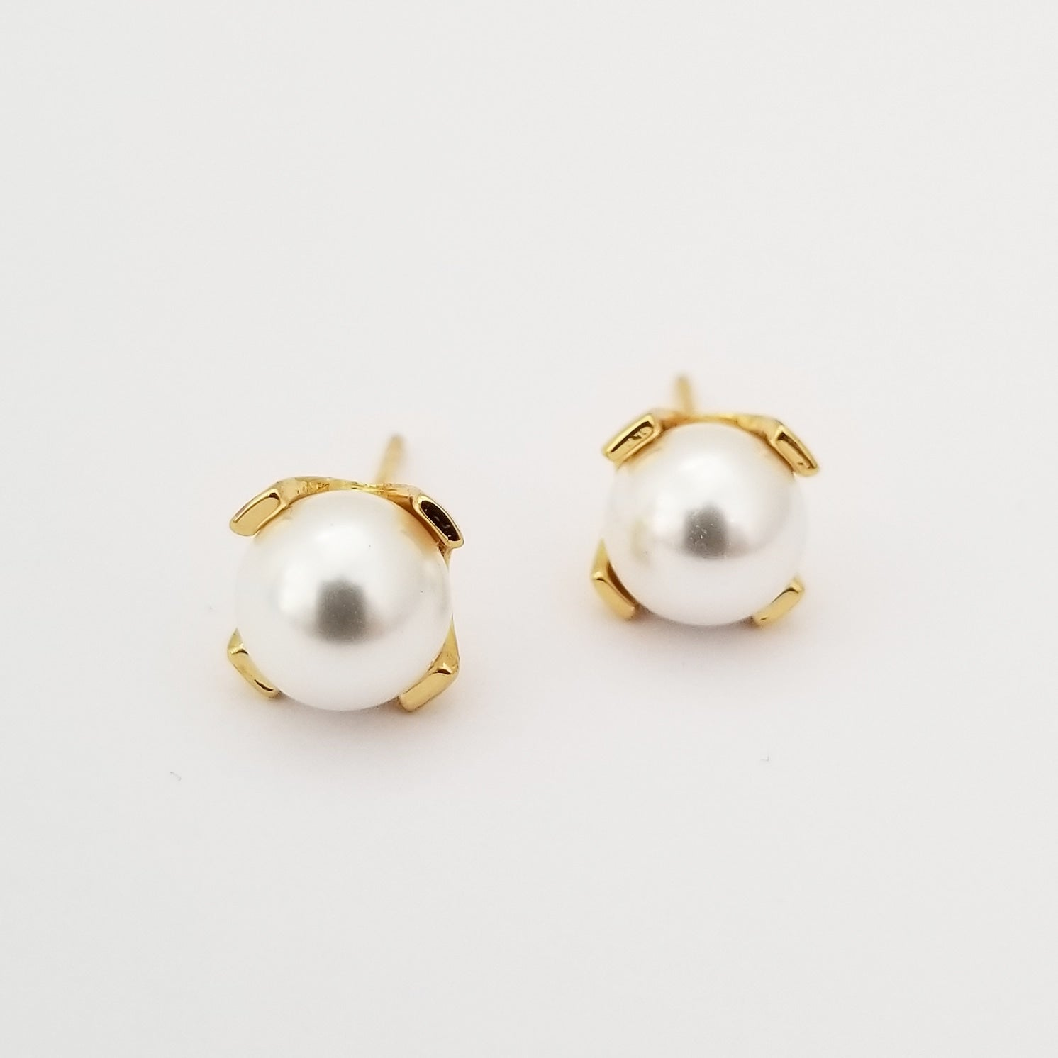 Pearl + Gold Earrings