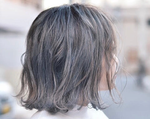 piece-y lob haircut at Pells Hair Salon in Tokyo