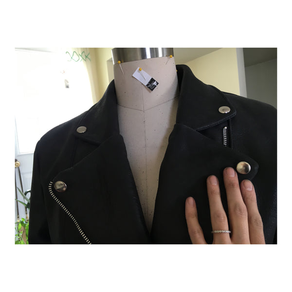 Leather Jacket: Sewing the lining in