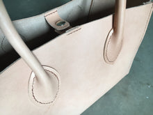 Load image into Gallery viewer, rolled handles leather handsewn tote