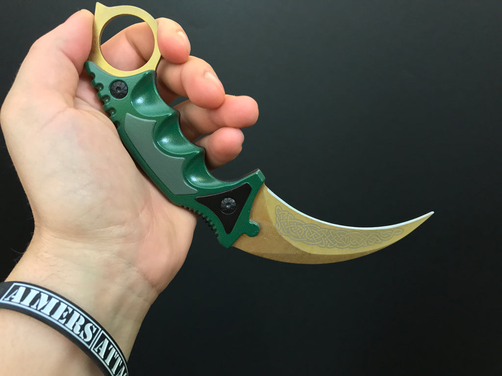 AimersAttack - Karambit Knife Lore - Real CS GO Knives