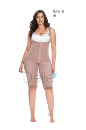 09198 - MEDIUM COMPRESSION , BRALESS, 3 LEVEL HOOK, KNEE LENGTH