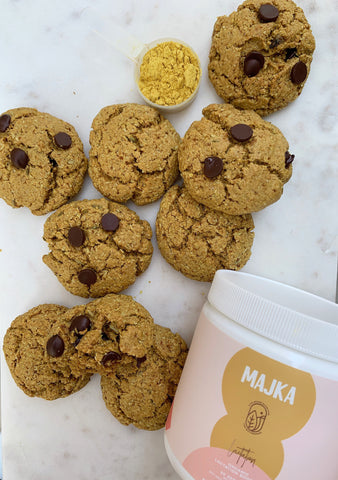 Lactation boosting cookies for moms - Majka