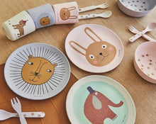 Load image into Gallery viewer, Rabbit Bamboo Tableset