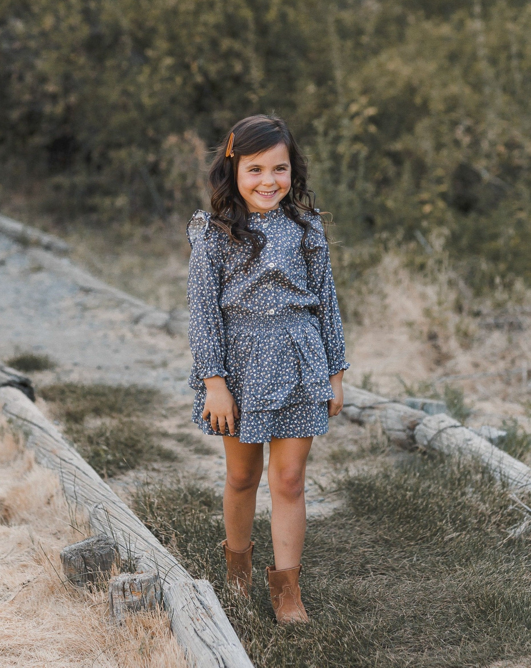 Load image into Gallery viewer, Rylee & Cru Ditsy Tiered Mini Skirt - Washed Indigo