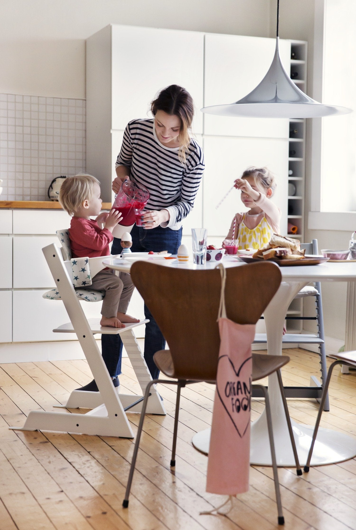Load image into Gallery viewer, Tripp Trapp highchair family