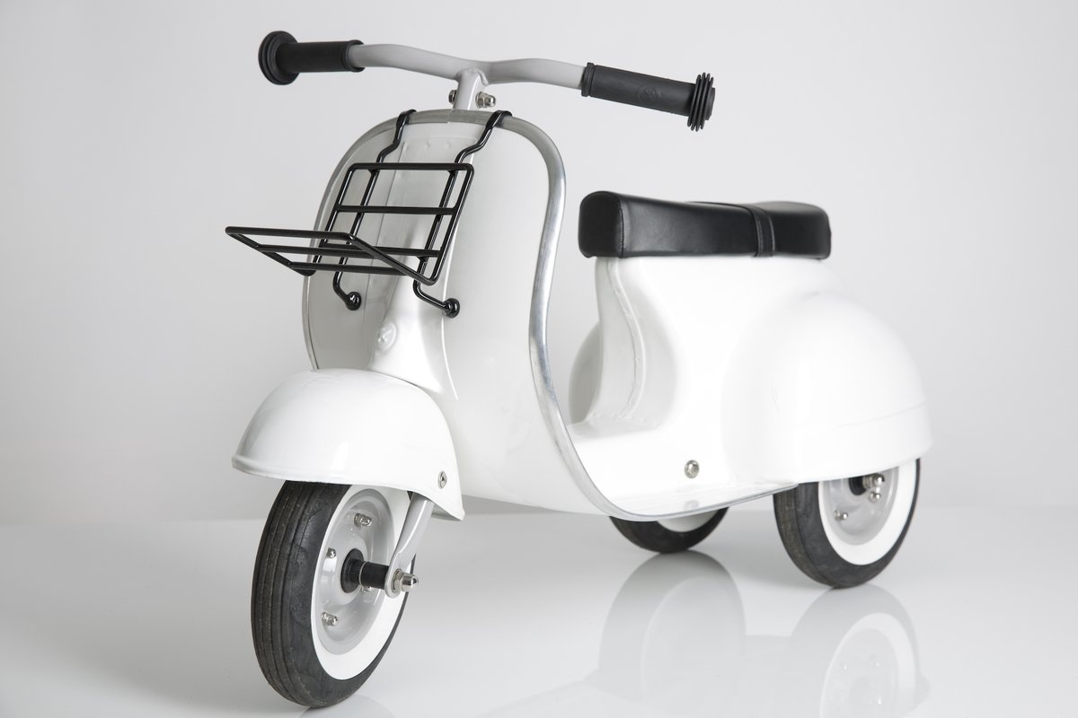 PRIMO Ride On Kids Toy Special (White) | Ambosstoys Kids Scooter