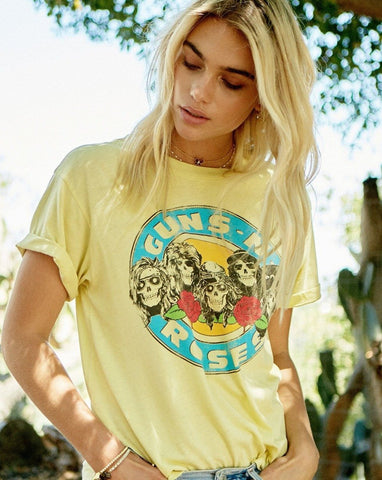 Daydreamer Guns N' Roses Welcome To the Jungle Boyfriend Tee