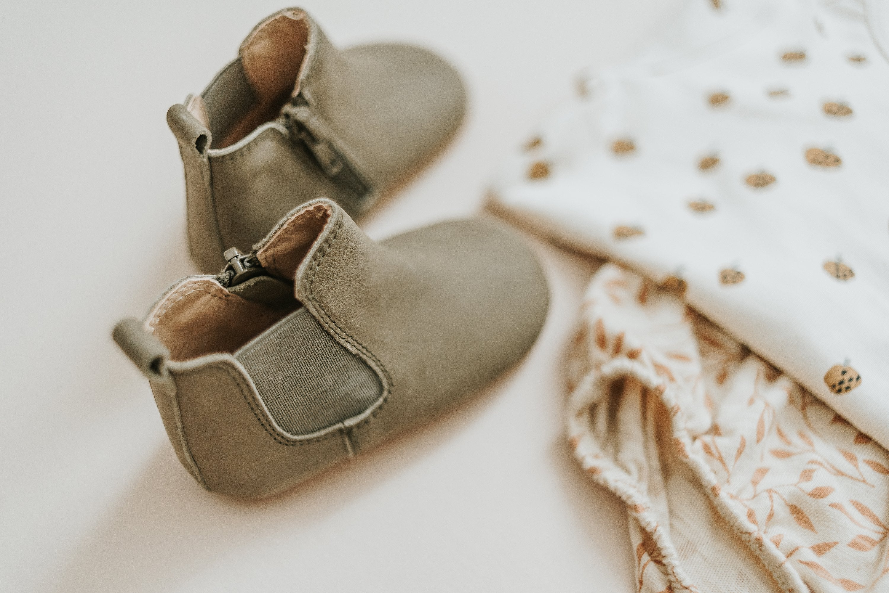 Load image into Gallery viewer, baby boy boots